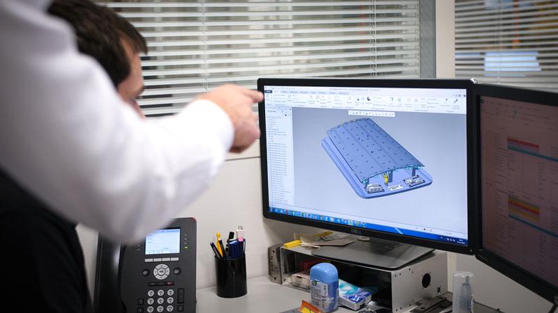 le bureau d'études conçoit des pièces simple et complexe pour nos clients