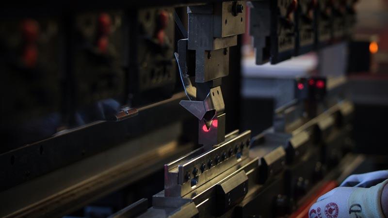 pliage d'une pièce en métal fournisseur secteurs transport pièces en métal pliage