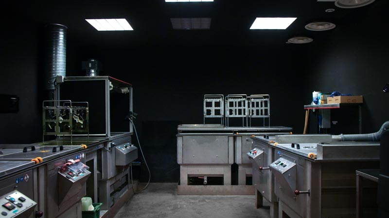 cabine Ressuage liquid penetrant penetrant testing contrôle non destructif