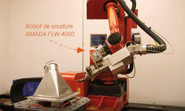 soudure de tremie avec robot de soudure laser rouge amada flw-4000